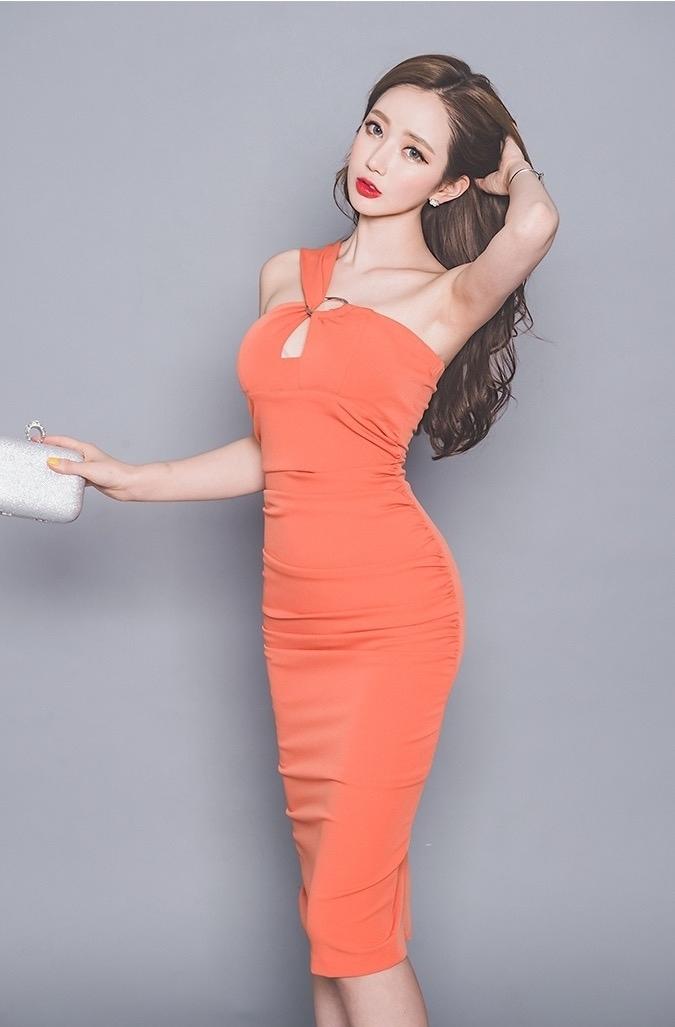 韩国美女模特性感妩媚撩人诱惑写真