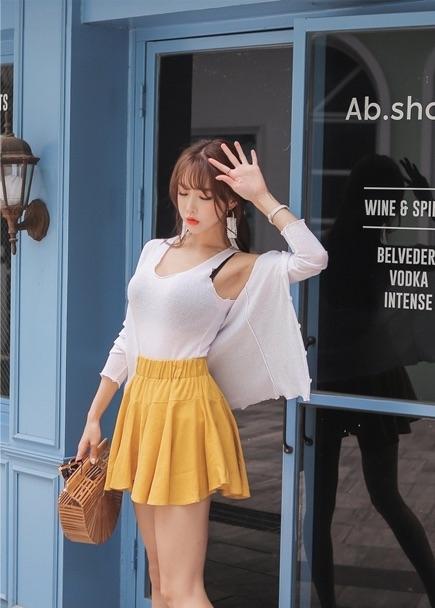 氧气美女超短裙性感妩媚诱惑撩人写真
