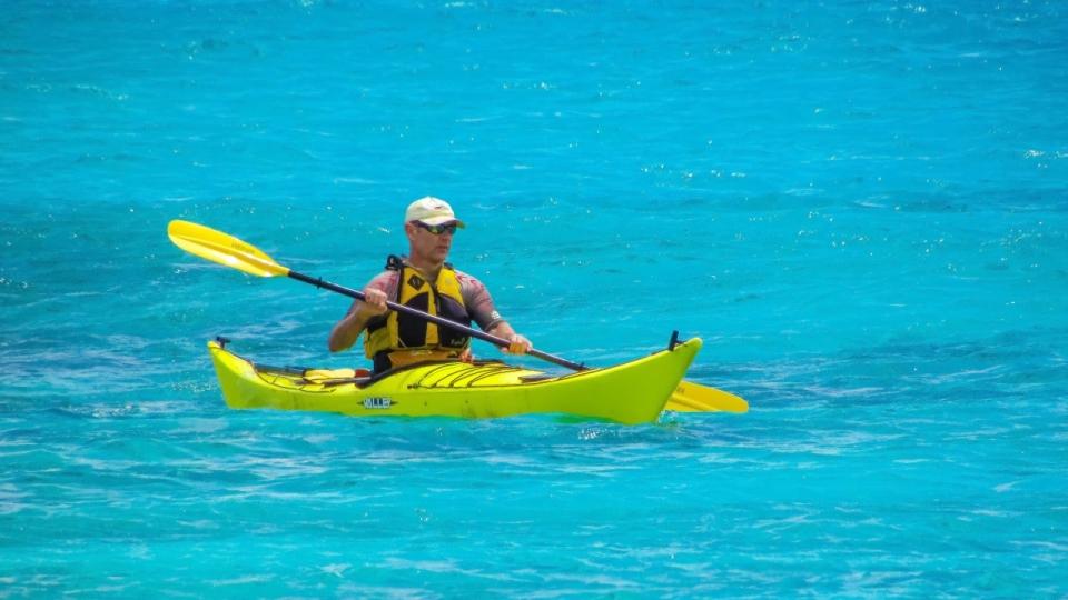 a年级蔚蓝无边年级皮划艇运动员人物特写二周记大海悠悠球图片