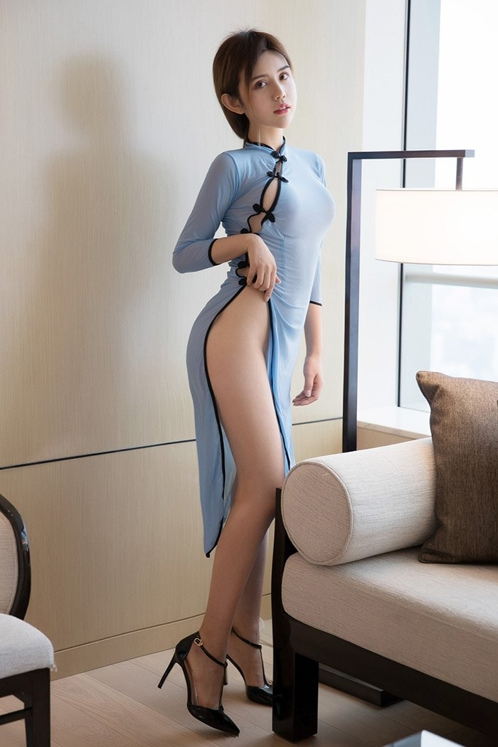 长腿少妇性感妖娆诱惑撩人写真