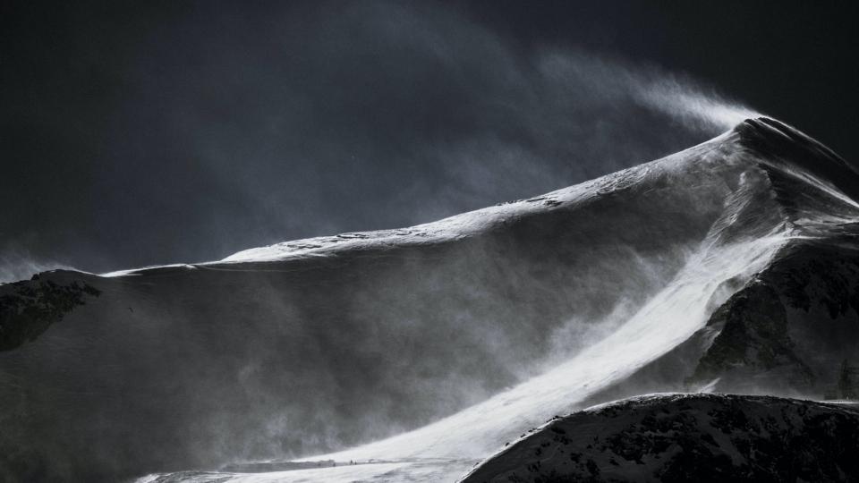 雪山风景自然风光感受狂风高清桌面壁纸