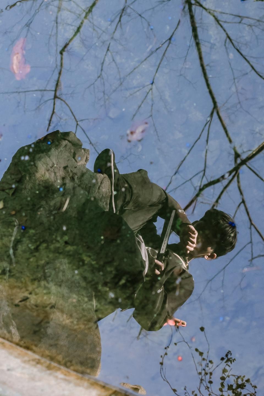 古装汉服水面倒影拍摄
