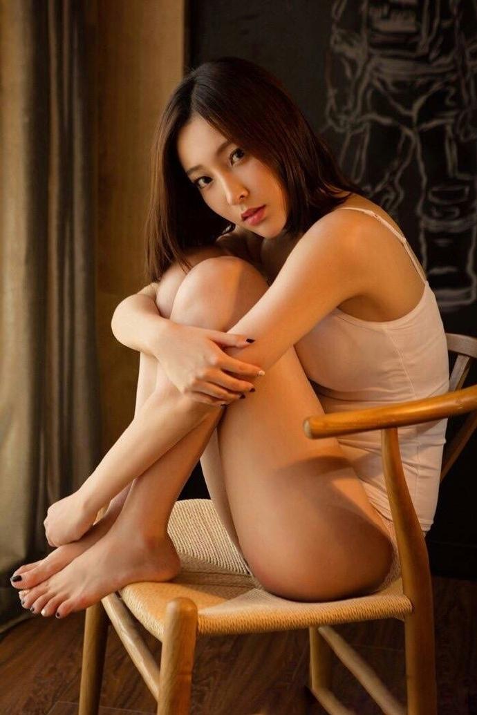 性感美女妩媚诱惑人体艺术写真