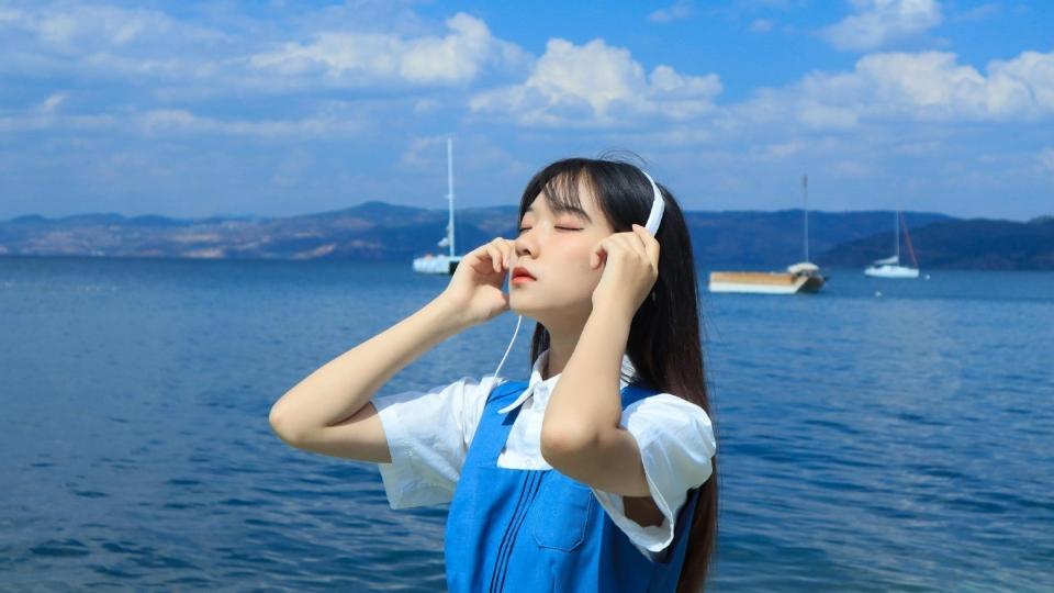 清新女孩妩媚性感人体艺术诱惑写真
