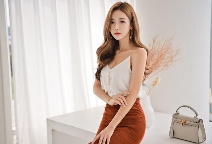 韩国美女模特长腿妩媚诱惑撩人写真