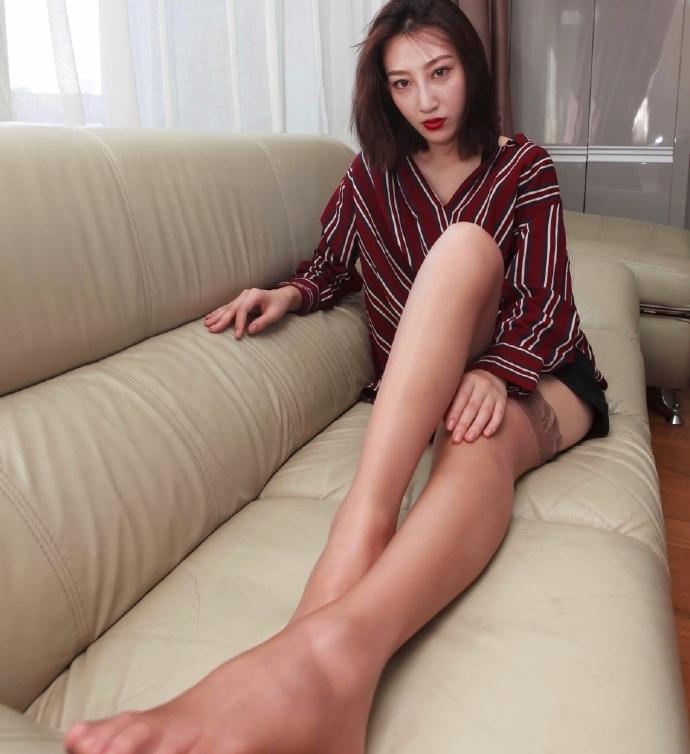 性感美女腿模诱惑撩人写真